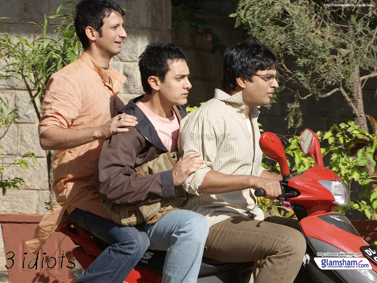 Movie Review 3 Idiots Writing