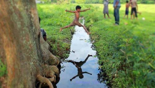 Village life   Advantage and Disadvantage