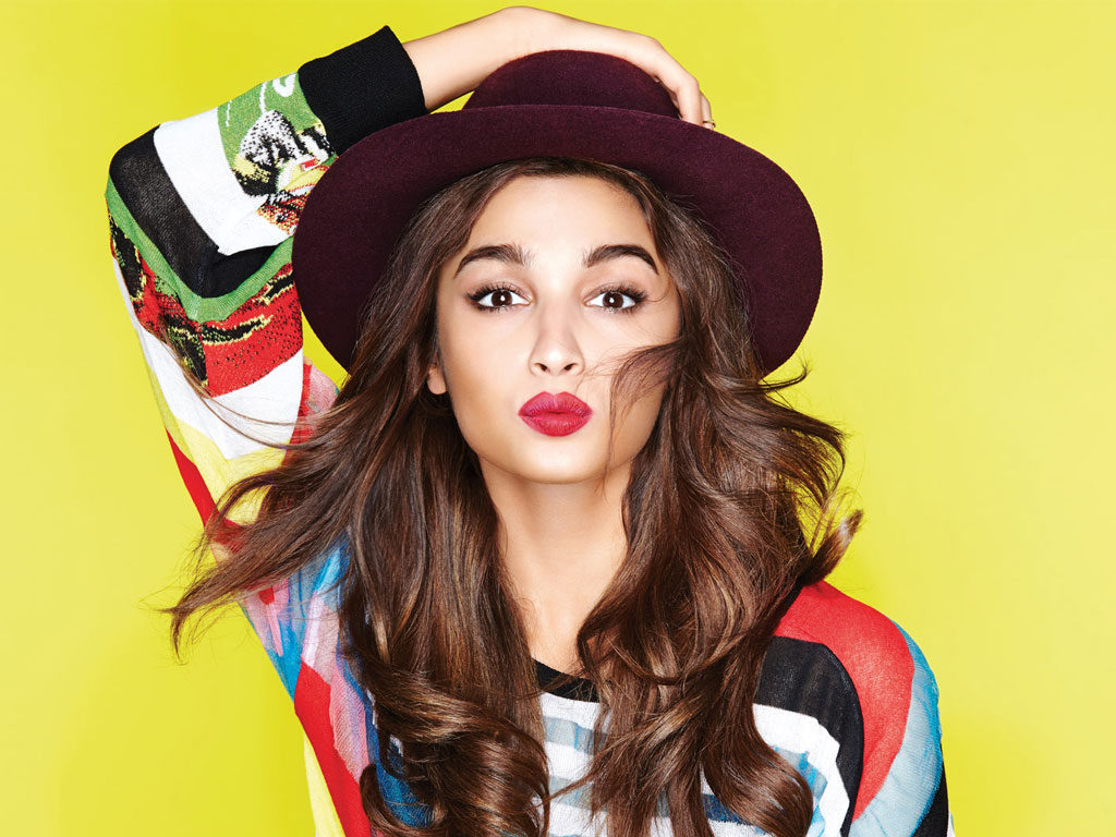 Top 10 Bollywood Actresses - Alia Bhatt